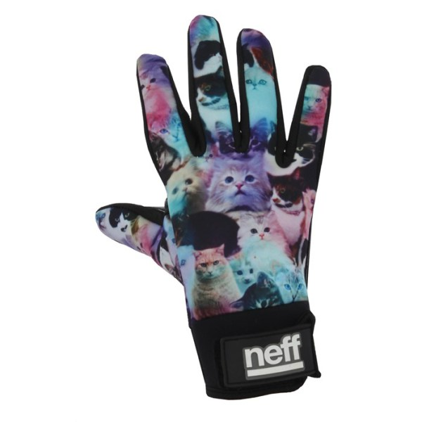neff-chameleon-pipe-gloves